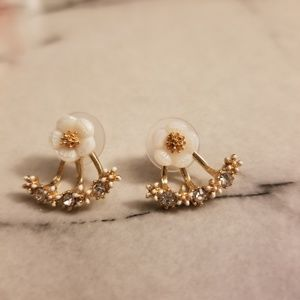 Jewelry - Rose Gold Daisy Flower Stud Earrings